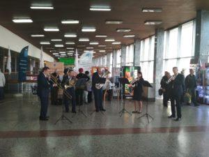 IMG 20181026 144635 300x225 - На саратовском вокзале прошёл День пассажира!