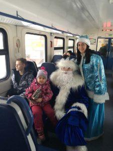 IMG 3049 26 12 18 09 52 225x300 - Поздравления в поездах с Новым годом 24 - 28 декабря