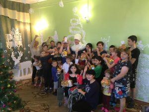 img 7687.jpg 300x225 - 21 декабря сотрудники АО «Саратовская ППК» посетили Ершовский реабилитационный центр для детей и подростков с ограниченными возможностями