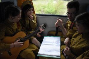 dsc 0220 300x200 - Более 1100 жителей Саратовской области посетили Волгоград на электропоезде во время майских праздников.